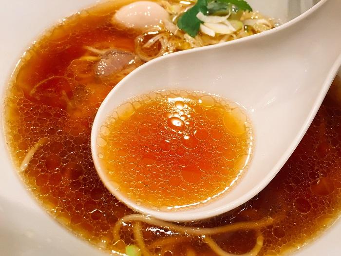 中華そば醤油(¥740)を実食3