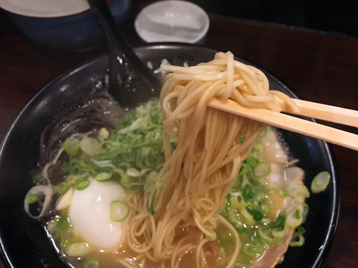 味玉ネギラーメン(¥850税込)を注文3