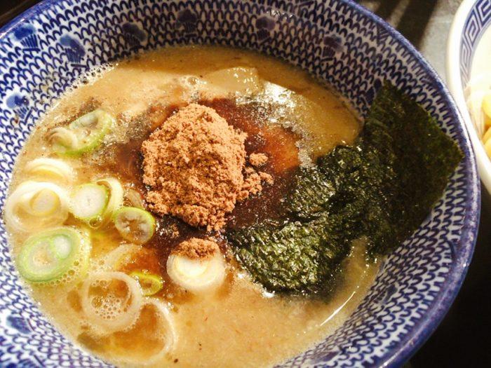 濃厚つけ麺(¥900)を注文!3